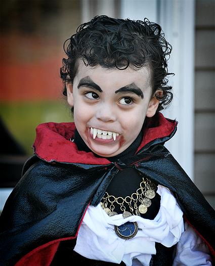 DSC_5423_vampire_goof